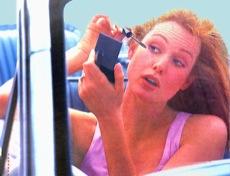Разговоры по телефону во время вождения — проблема второстепенная
