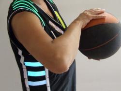 Футболка с дисплеем — новая униформа для баскетболистов