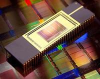 Очередное уплотнение: NAND-память. Закон Мура жив