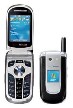 Раскладной смартфон Pantech PN-820